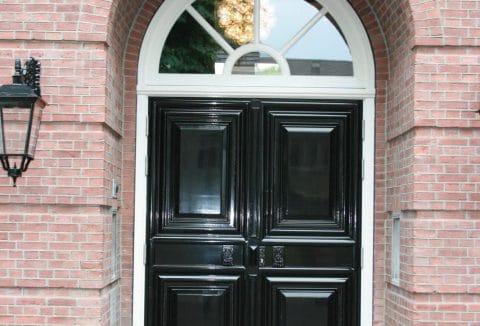 traditionele voordeur ontwerp